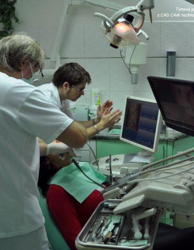 Týmová práce s CAD CAM technologií