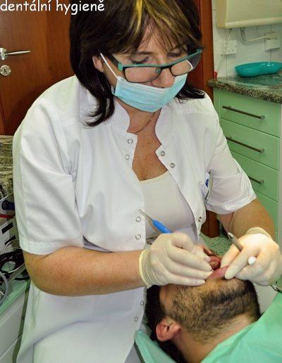 Hanka při dentální hygieně
